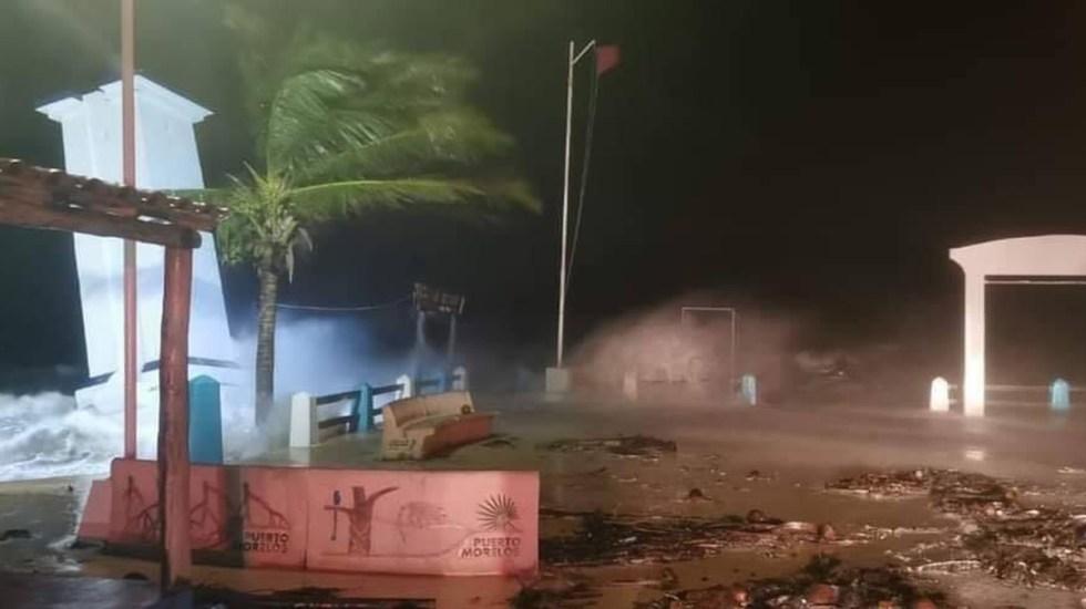 #Video Golpea huracán Zeta a Quintana Roo con fuertes vientos y lluvias - Efectos del huracán Zeta en Puerto Morelos. Foto de @roo_digital