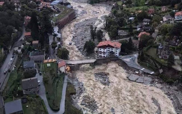 Inundaciones por lluvias en Francia deja 18 desaparecidos - Inundaciones en Niza, Francia. Foto de @Interieur_Gouv