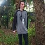 #Video Joven apuñala en el cuello a policía en Florida