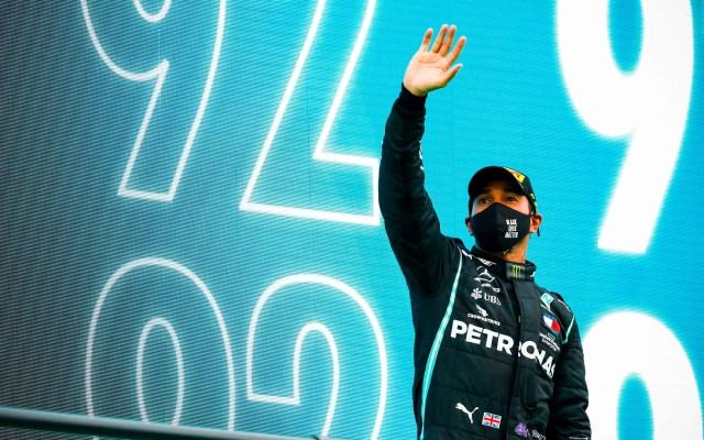 Hamilton bate récord de Schumacher en GP de Portugal; 'Checo' Pérez finaliza séptimo - Lewis Hamilton tras su 92 victoria. Foto de @LewisHamilton