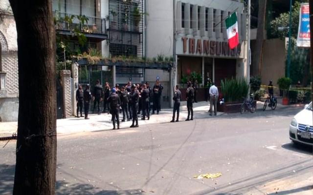 Matan a mujer a balazos en la colonia Roma de la Ciudad de México - Foto Twitter @c4jimenez