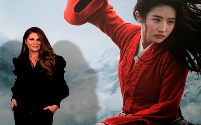 'Mulán' estará disponible en Disney+ sin necesidad de suscripción - La directora neozelandesa de cine, Niki Caro posa para los fotógrafos durante la presentación de la cinta de Disney
