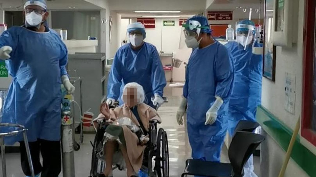Se recupera de COVID-19 paciente de 103 años de edad en Jalisco - Foto de IMSS