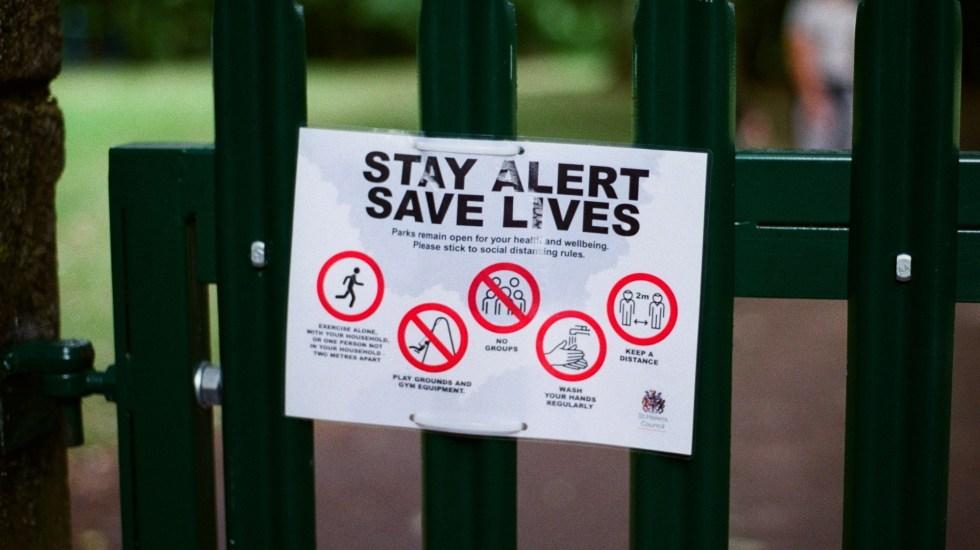Reino Unido sufre nuevo repunte de casos diarios de COVID-19, con otros 17 mil 540 - Foto de Jakob Cotton para Unsplash