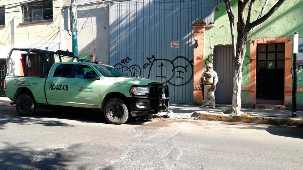 Localizan toma clandestina en bodega falsa en Popotla; ordeñaban casi 30 mil litros diarios - Hoy localizaron una toma clandestina en la calle Carrillo Puerto de la colonia Popotla. Foto Twitter @OMAR_PATINO