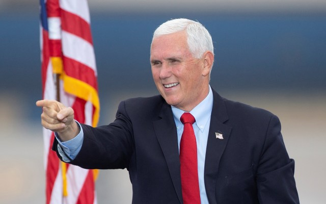 Mike Pence da negativo a COVID-19 tras contagio de asesores cercanos - Vicepresidente de EE.UU., Mike Pence. Foto de EFE
