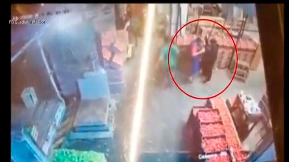#Video Asaltan a trabajadores en bodega de la Central de Abasto - Foto Captura de pantalla