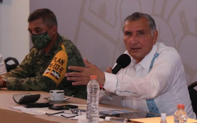 """Asegura gobernador de Tabasco que no tiene """"guerra"""" con Manuel Bartlett - Foto de @adan_augusto"""