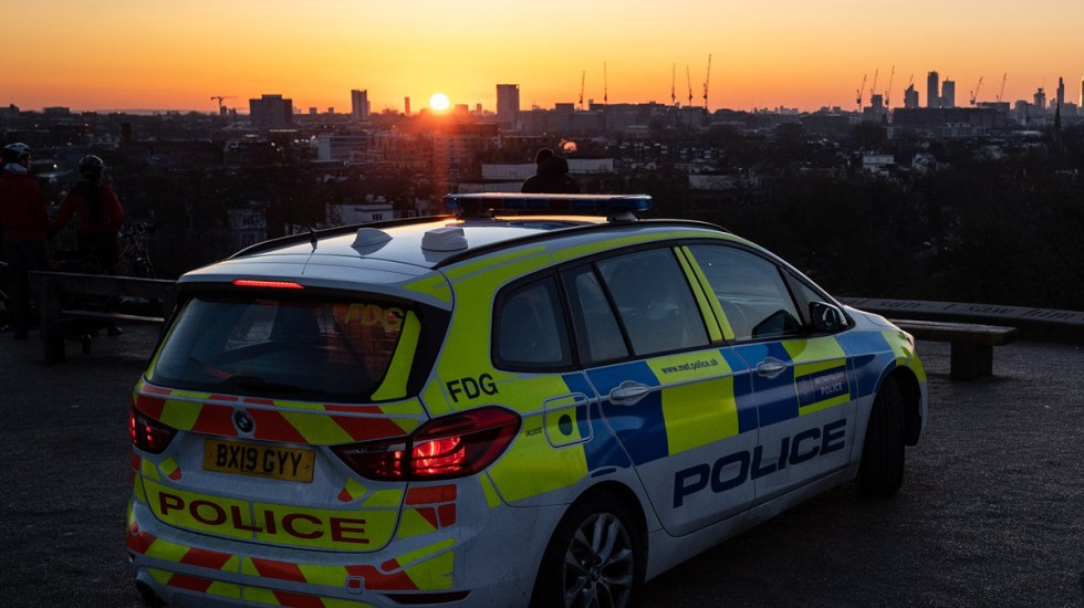 Eleva Reino Unido a 'severo' nivel de alerta por atentados terroristas - Policía de Londres. Foto de @metpoliceuk
