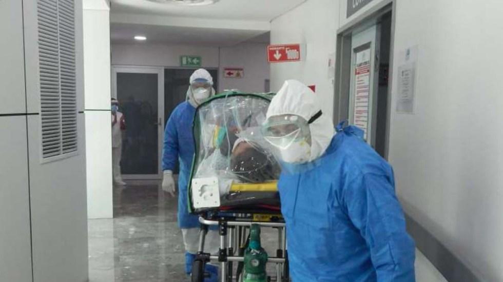 Critica HRW manejo de la pandemia en México; advierte que mayoría de muertes son por falta de cuidados intensivos - Atención a paciente de COVID-19 en Durango. Foto de @secretariadesalud