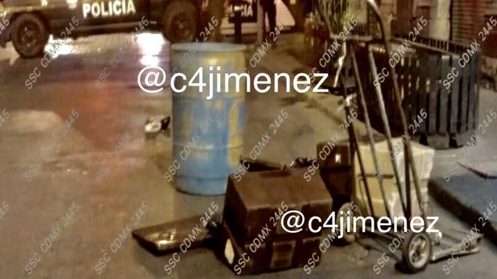 Detienen a presunto sicario de La Unión Tepito por transportar restos humanos en diablito - Cajas que contenían en bolsas los restos de dos personas. Foto de @c4jimenez