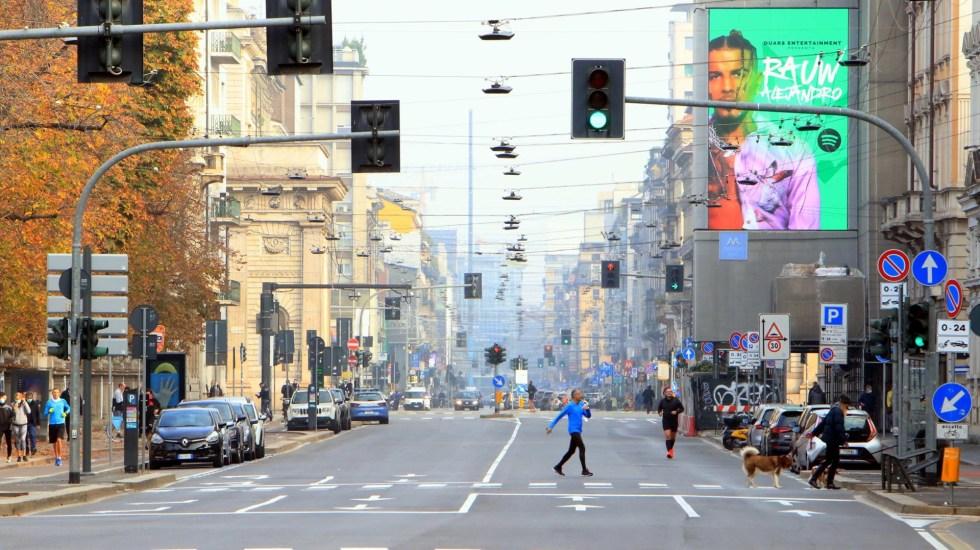 ONU exigirá al G20 mayor apoyo para superar la pandemia de COVID-19 - Calles de Milán semidesiertas por restricciones ante COVID-19. Foto de EFE