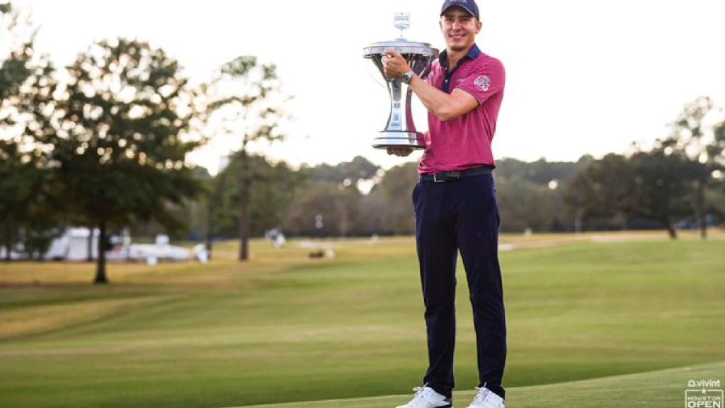 Carlos Ortiz gana el 'Houston Open'; rompe sequía mexicana de 42 años en el PGA Tour - Foto Twitter @HouOpenGolf
