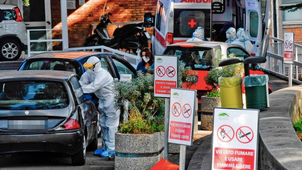 Segunda ola de COVID-19 golpea a Europa; número de muertos llegan a niveles no vistos desde inicio de pandemia - Foto de EFE