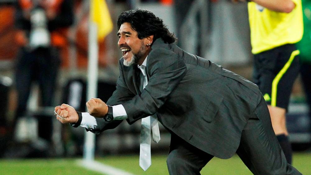 """Exesposa de Maradona asegura que el astro estaba """"secuestrado"""" por su abogado - Foto de EFE"""