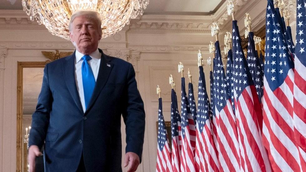 """""""Biden no debería declararse ganador de las elecciones"""", expresa Trump y anuncia demandas - Donald Trump en la Casa Blanca. Foto de EFE/EPA/CHRIS KLEPONIS / POOL."""