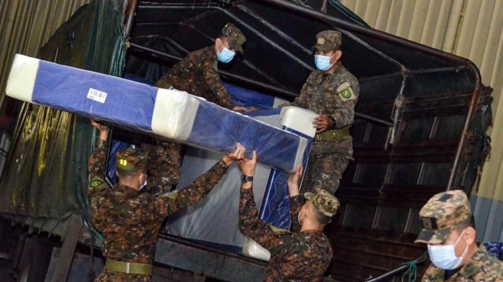 El Salvador evacúa a personas de zonas de riesgo ante efectos de huracán 'Eta' - Autoridades de El Salvador ya preparan albergues para la población ante la llegada del huracán 'Eta'. Foto de @FUERZARMADASV