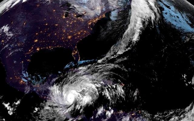 Advierte NHC que el ojo de 'Eta' aún no ha llegado a la costa de Nicaragua - Fotografía satelital cedida por la Oficina Nacional de Administración Oceánica y Atmosférica (NOAA) por vía del Centro Nacional de Huracanes (NHC) donde se muestra la localización del huracán Eta