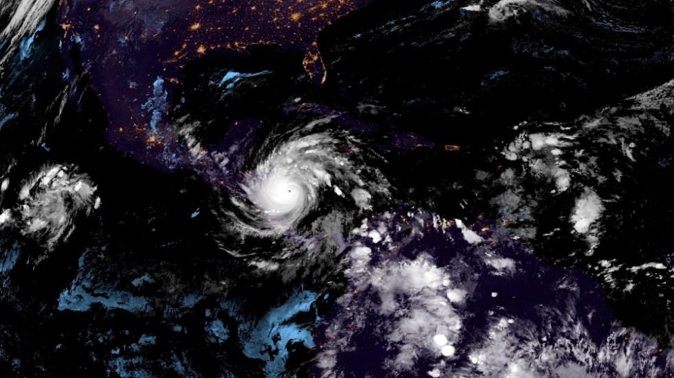 El poderoso huracán Iota pierde fuerza tras causar graves daños en Nicaragua - Foto de EFE