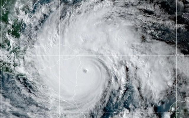 Iota toca tierra en Nicaragua como Huracán Categoría 5 de dimensiones catastróficas - Foto de NOAA / GOES