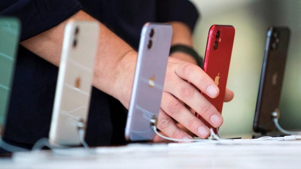 Apple pagará 113 mdd en EE.UU. por ralentizar modelos anteriores de iPhone - Foto de EFE