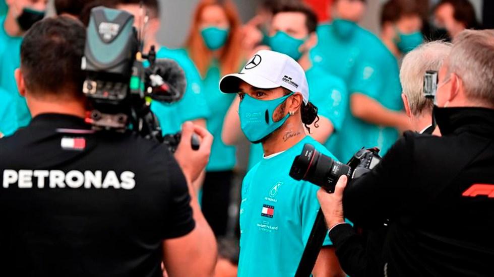 Lewis Hamilton pone en duda seguir en la Fórmula 1; aún no ha renovado contrato con Mercedes - Lewis Hamilton. Foto EFE