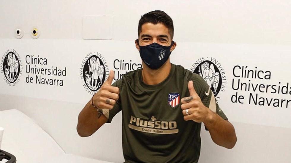 Luis Suárez, delantero del Atlético de Madrid, da positivo a COVID-19 - Luis Suárez durante pruebas médicas para el Atlético de Madrid, en septiembre pasado. Foto de @luissuarez9