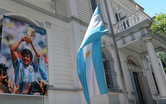 Fiscalía asegura que ambulancia llegó en 12 minutos a casa de Maradona - Foto de EFE