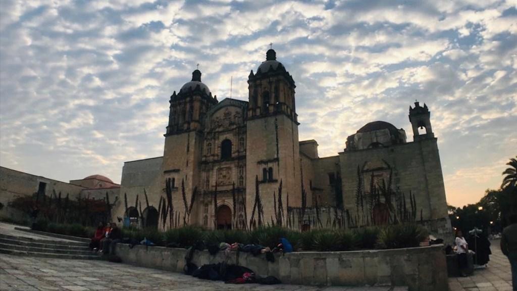 Oaxaca logró concluir dos ciclos escolares completos; algo que no ocurría en muchos años, destaca gobernador - Foto de Tania Villanueva/López-Dóriga Digital