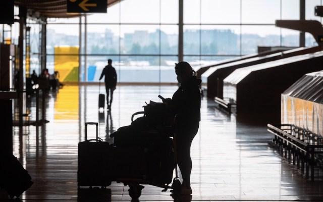 España amplía restricción de viajes desde países fuera de la Unión Europea hasta el 31 de diciembre - Foto de EFE