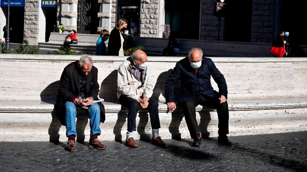Italia registra 731 muertos por COVID-19 en un día, el peor dato desde abril - Foto de EFE