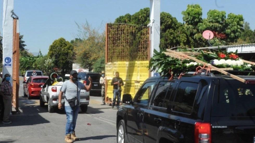 Sepultan a Alessandro, adolescente cuyos restos fueron encontrados en una maleta; padres exigen justicia - Foto de Punto y Coma