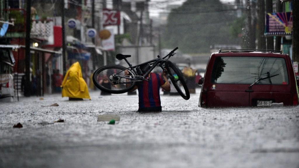 Continuarán lluvias en el sureste mexicano por nuevo frente frío - Foto de EFE