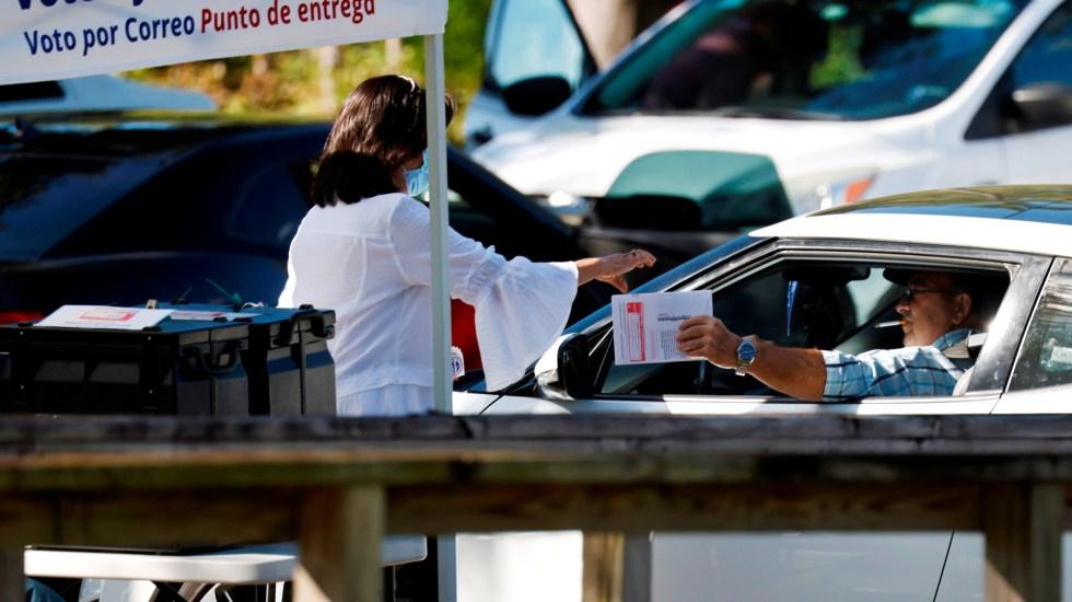 Votar desde el automóvil o cómo protegerse del COVID-19 en las elecciones de EE.UU. - Foto de EFE