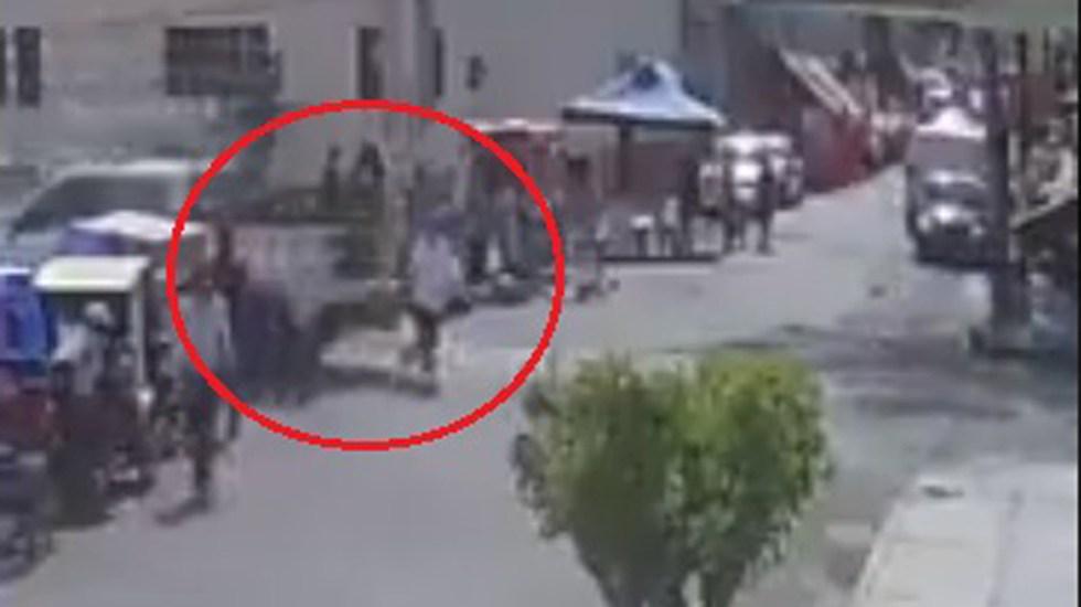 #Video Atropella Guardia Nacional en Neza a mujer de la tercera edad - Atropello de mujer en Neza. Captura de pantalla