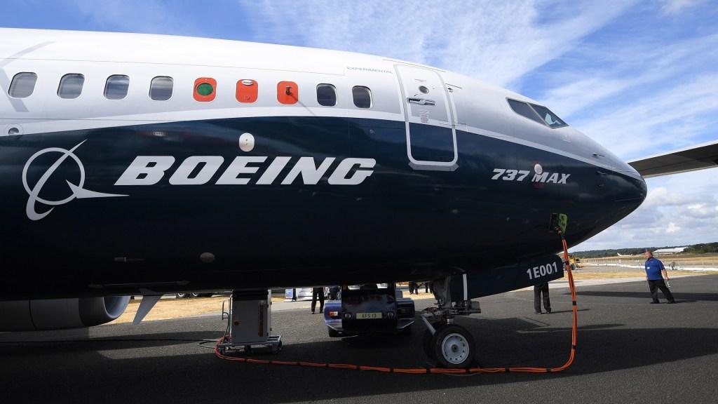 EE.UU. aprueba soluciones de Boeing a problemas eléctricos del 737 MAX - Boeing 737 MAX. Foto de EFE