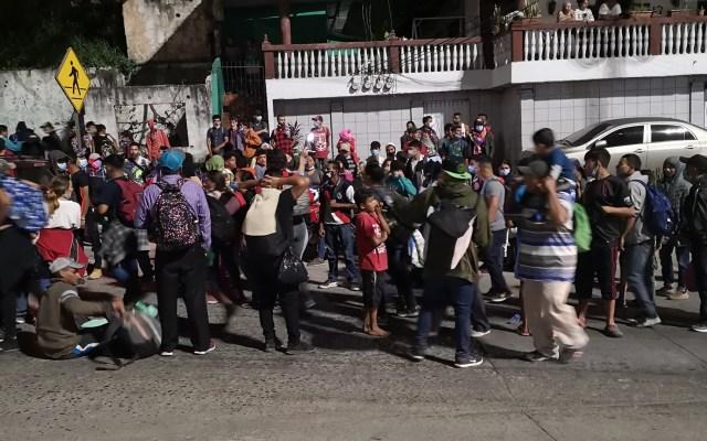 Parten hondureños hacia EE.UU. en caravana ante afectaciones por Eta e Iota - Caravana de hondureños rumbo a EE.UU. Foto de @CMendozaHN