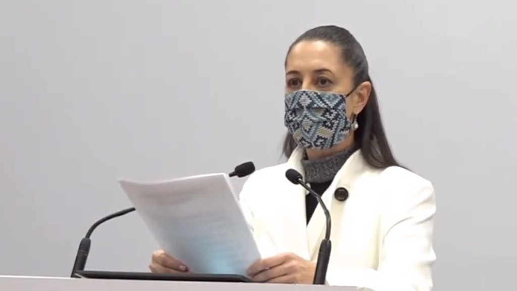 Advierte CDMX 'castigo máximo' a funcionarios que pretendan vacunarse antes de tiempo contra COVID-19 - Claudia Sheinbaum durante conferencia de prensa. Captura de pantalla