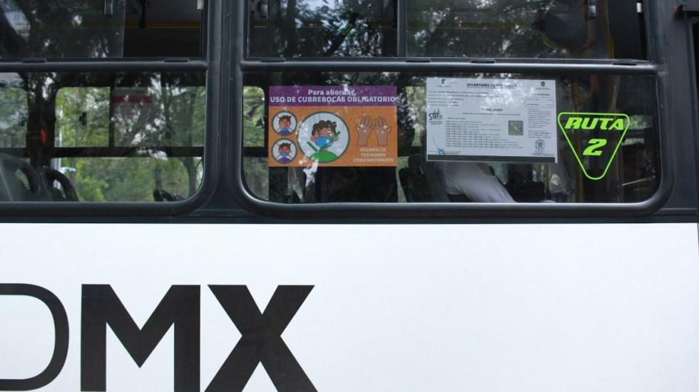 Amplía CDMX sistema de detección de casos de COVID-19 mediante Código QR a transporte público - El uso de cubrebocas es obligatorio en transporte público de CDMX. Foto de @LaSEMOVI