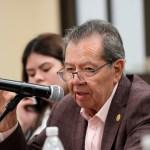 """Muñoz Ledo advierte """"regresión"""" con un Poder Ejecutivo """"omnipresente y piramidal"""""""