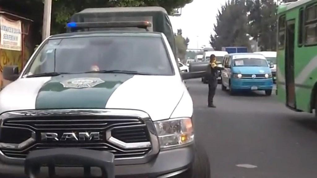 Balean en CDMX a pasajero de transporte público durante asalto. Noticias en tiempo real