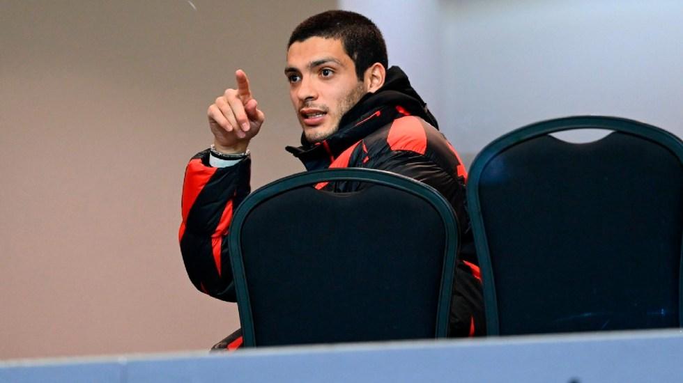 Raúl Jiménez reaparece en el Molineux Stadium para apoyar a los Wolves - Raúl Jiménez reaparece este domingo en el Molineux Stadium. Foto Twitter @WolvesEspanol
