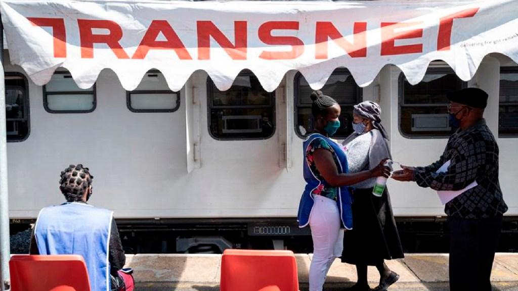 Sudáfrica supera el millón de casos de COVID-19 y afronta nueva variante de coronavirus - Sudáfrica supera el millón de casos de COVID-19 y afronta una nueva variante de coronavirus. Foto EFE