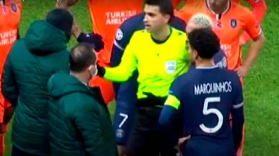 Suspenden PSG vs Basaksehir en la Champions por insulto racista de árbitro - Suspenden PSG vs Basaksehir en la Champions por insulto racista de un árbitro. Foto Captura de pantalla
