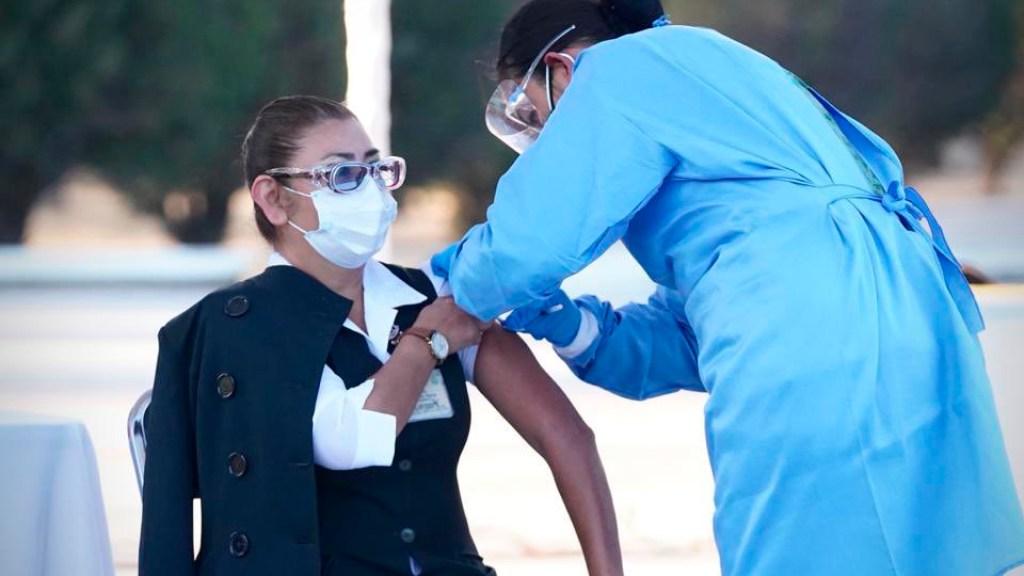 Alertan sobre falsas brigadas de vacunación de Pfizer en Quintana Roo - Foto de @zoerobledo