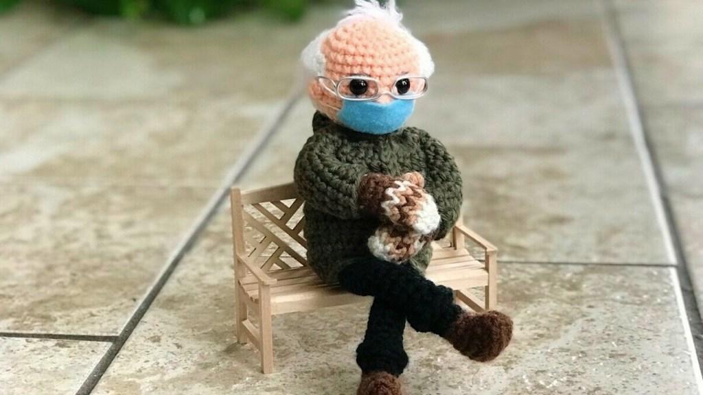 Muñeco inspirado en Bernie Sanders recauda más de 40 mil dólares para ONG - Foto de EFE