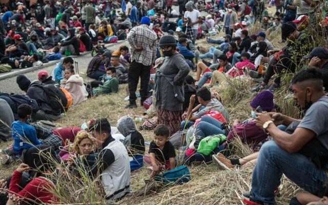 Caravana de miles de migrantes hondureños refleja crisis del país - Caravana de migrantes hondureños rumbo a EE.UU. Foto de EFE