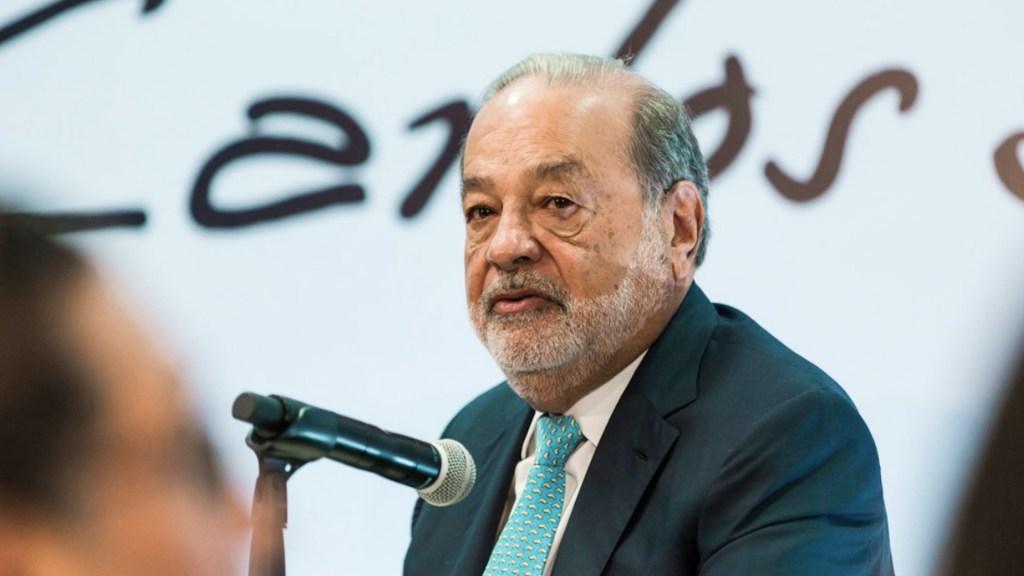 Dan de alta a Carlos Slim tras contagio de COVID-19; continúa recuperación en casa - Foto de Expansión