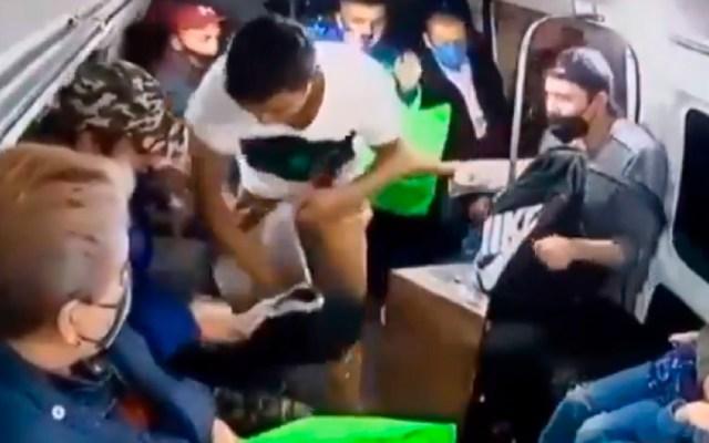 Detienen a 'El Yeyco', presunto implicado en asalto a combi en Ecatepec - Detienen a 'El Yeyco', quien habría participado en un asalto a pasajeros de transporte público en Ecatepec. Foto Captura de pantalla