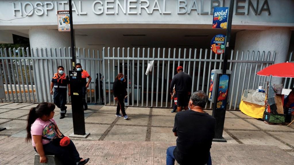 COVID-19 afecta a la Ciudad de México con escasez de oxígeno y restaurantes cerrados - Foto de EFE